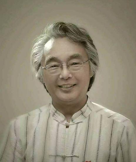華唐藝術高中名師教授張文星