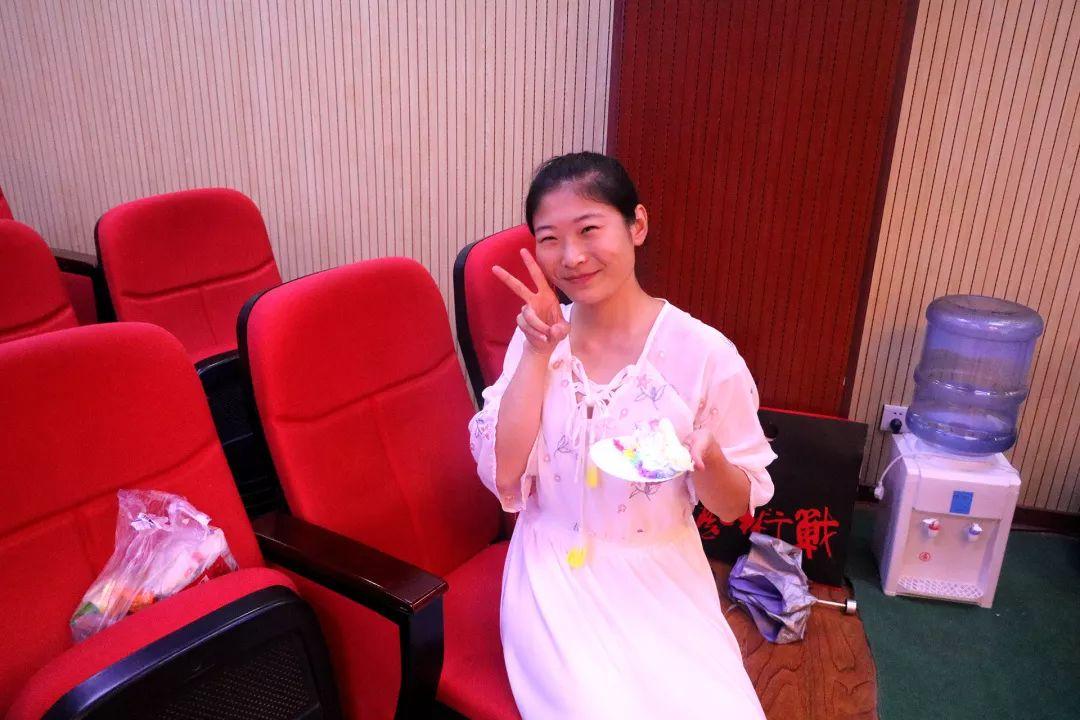 華唐藝術高中音樂教師