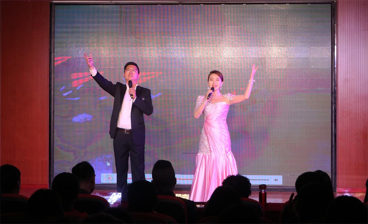 bet36体育在线:華唐藝術高中,聲樂表演藝術專業