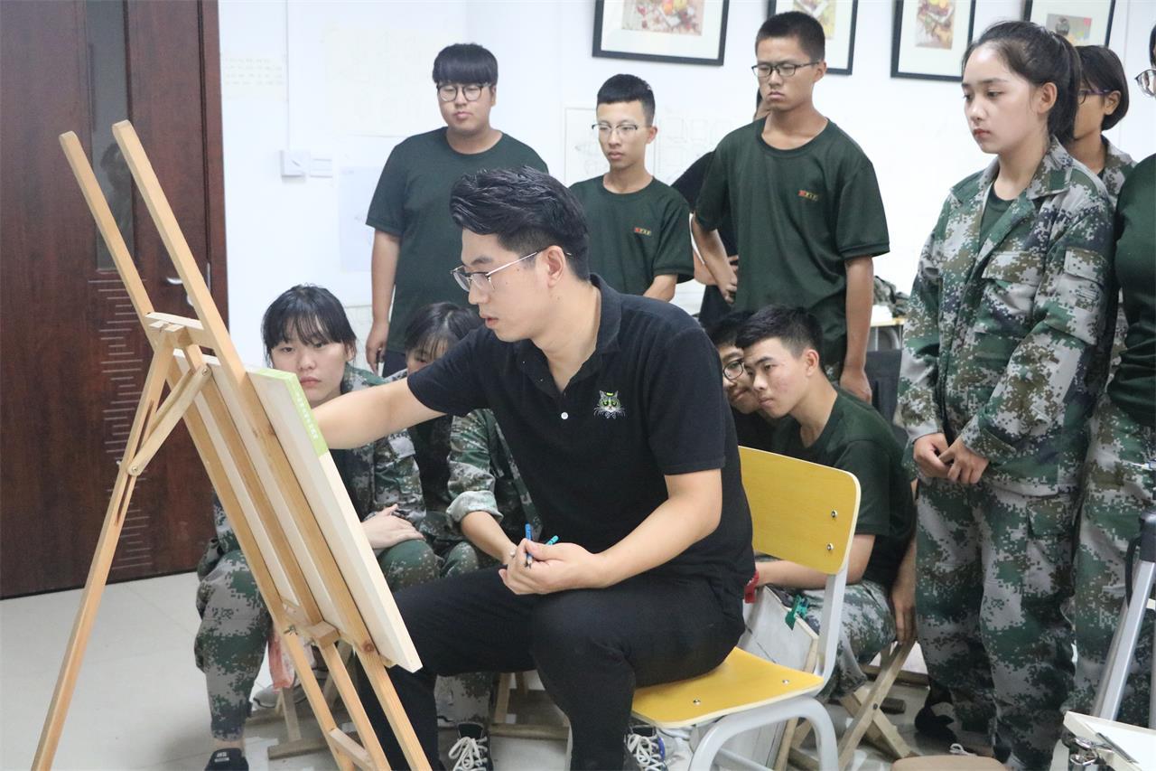 華唐藝術高中