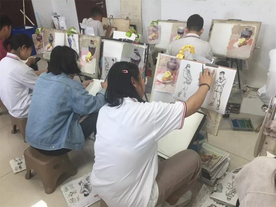 華唐高中美術繪畫專業