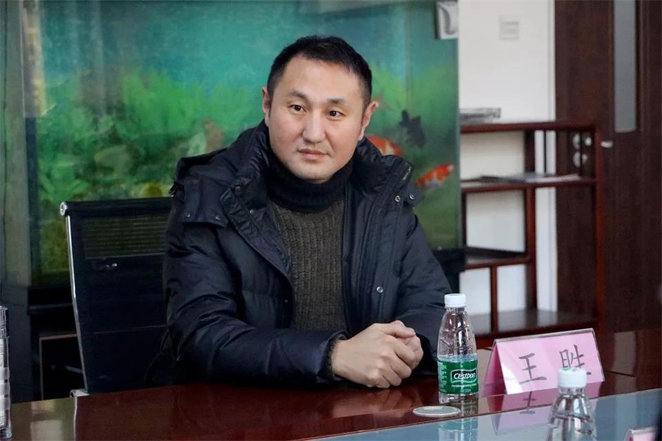 華唐藝術高中 德育校長王勝
